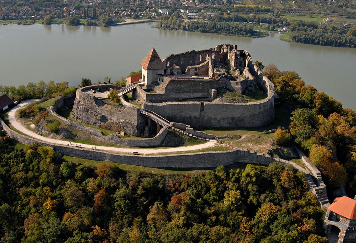Hasil gambar untuk Visegrád